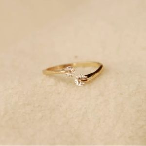 Adjustable Crystal Ring